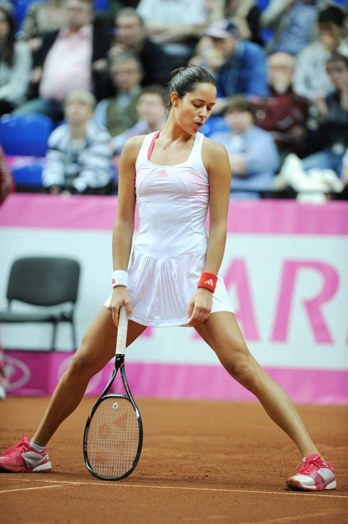 Tennis star racy pictures
