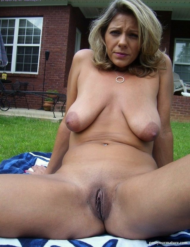 Big naked women pictures